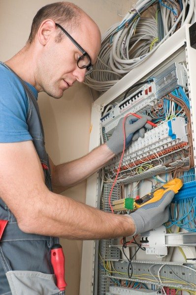 What Nontechnical Skills Do Electricians Need to Know?